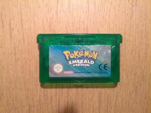 Pokemon Emerald - Nintendo Gameboy Advance