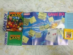 Jogo com caixa, poster e manual.